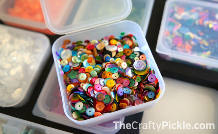 How-To Keep Your Craft Room Clutterless