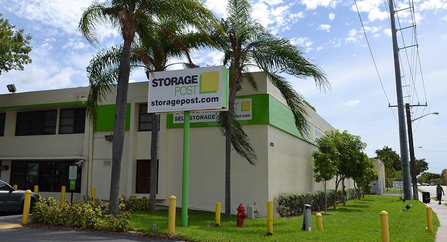 Ordinaire Storage Post