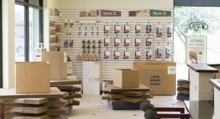 Mills-Pond-Store-Inside2