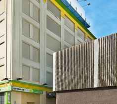 The exterior of the Storage Post Long Island City self-storage facility